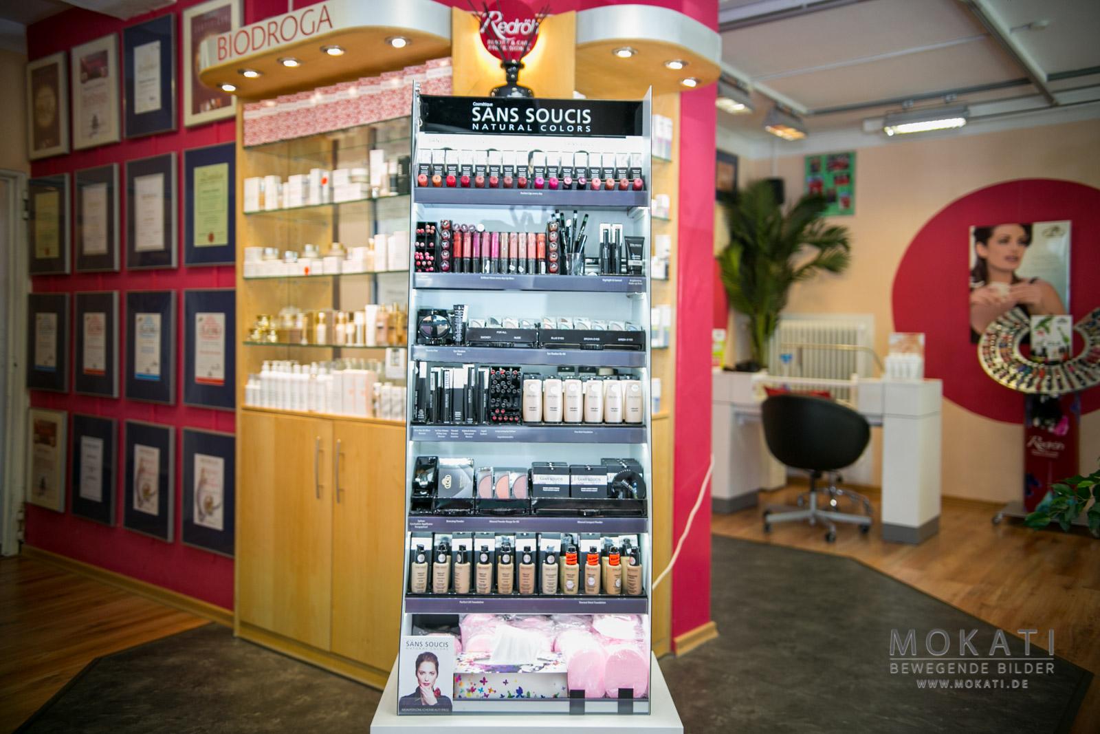 Alles was Farbe gibt - bei Kosmetikstudio in München Pasing