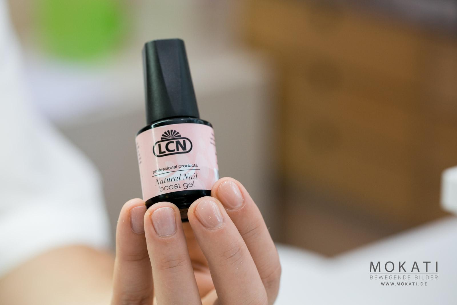 LCN Natural Nail Booster bei Redröh Kosmetik Studio in München